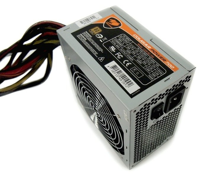 ATX Power Supply / Cougar 700W __ CGR B2-700